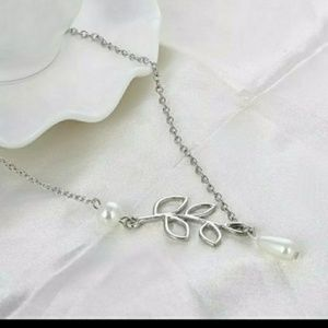 Silvertone Leaf with Pearls Necklace